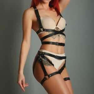 NEW! 2 PC Black Leather Garter Set Belt Harness